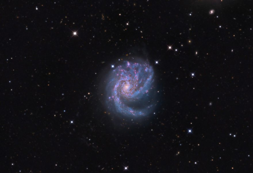 Messier 99 (NGC 4254) with metal-rich H II regions marked.